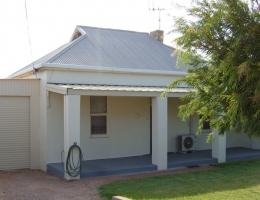 01-Squatters Cottage